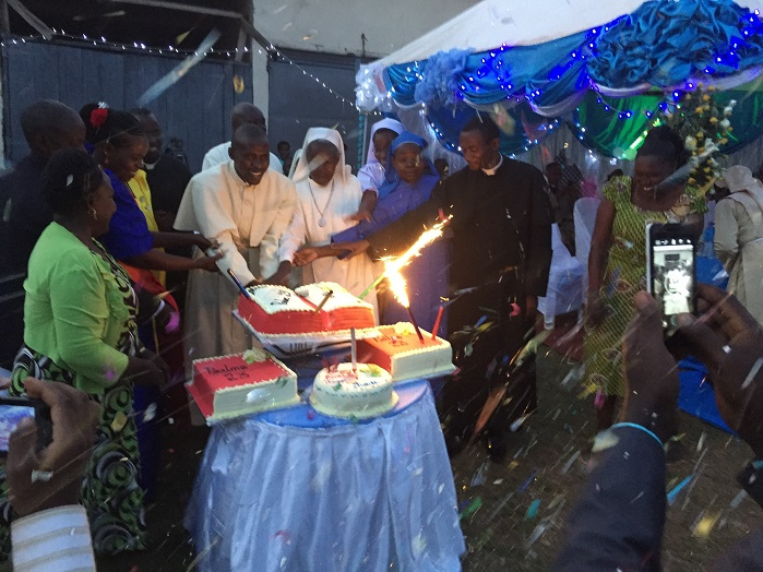 Frank_celebrates_his_ordination_as_a_deacon.jpg
