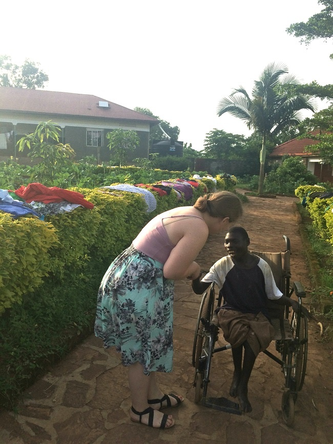 university_intern_meets_new_friend_in_Uganda.jpg