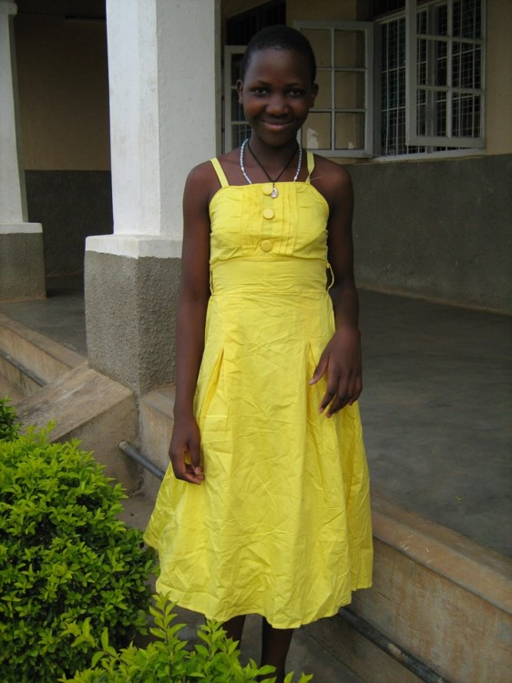 Phiona_yellow_dress